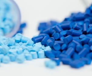 PLASTICOS BIODEGRADABLES VS. RECICLABLES
