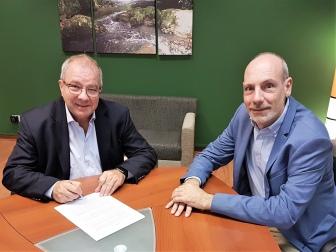 El IAE y CAFCCO firman un convenio en pos de la capacitación empresarial